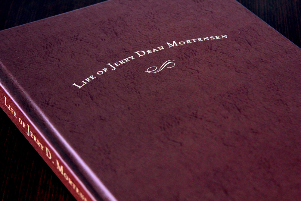 Of course, you don't even have to use a photo on a book cover. A simple stamped leather cover looks clean and classy.
