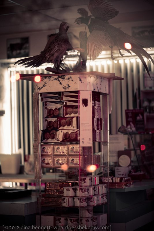 Bird fight at the butcher shop