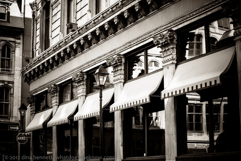 Piano awnings