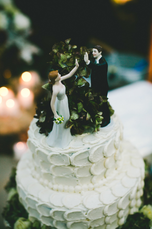 Cake_Toppers_Wedding_Cake_Dessert_Fiend.jpg