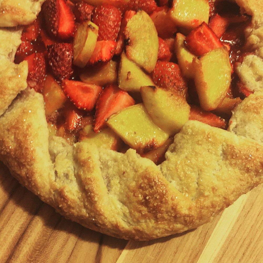 Any_Kind_Of_Fruit_Galette_Recipe_Peach_Strawberry_Galette_Dessert_Fiend.JPG