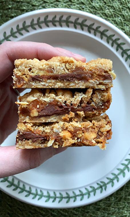 Carmelita_Bars_Carmelitas_Cookies_Carmelitas_Cookie_Baked_Easy_Recipe_Dessert_Fiend.jpg