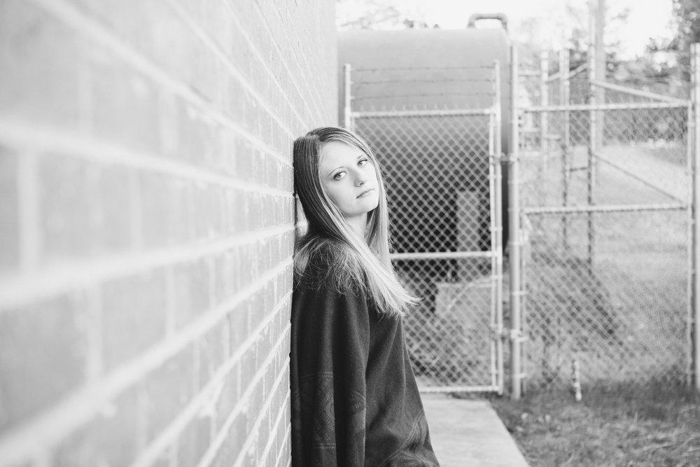 Sydney Jones-Sidney Senior Photos 2016-0043.jpg