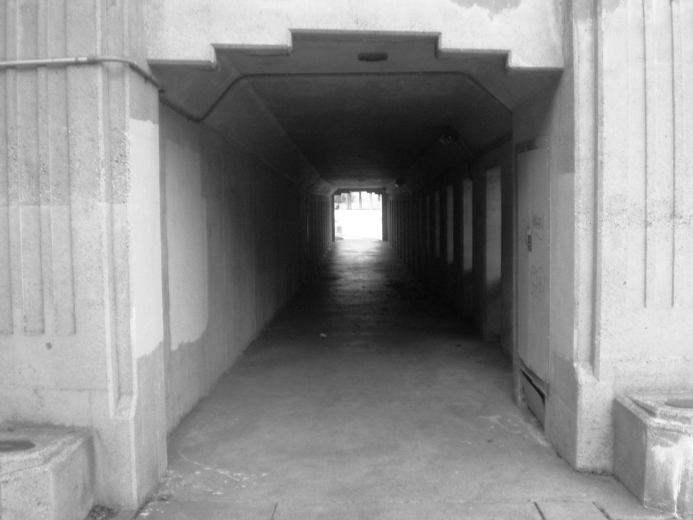 Entrance to overpass tunnel BW.jpg