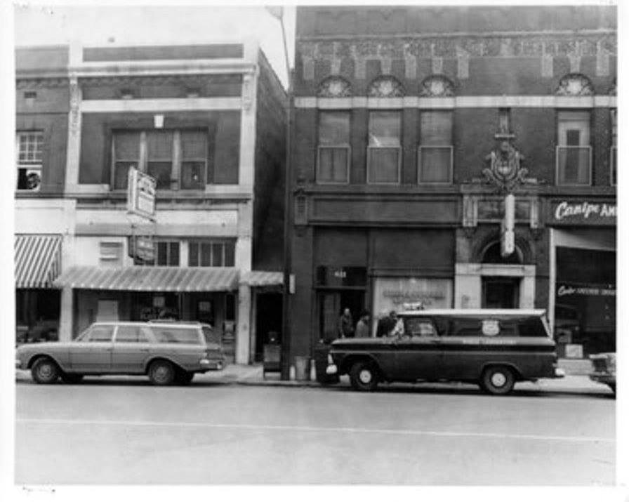 Photo 6- Western view of Main St, Jim's Grill, and Brewer's Boardinghouse.jpg