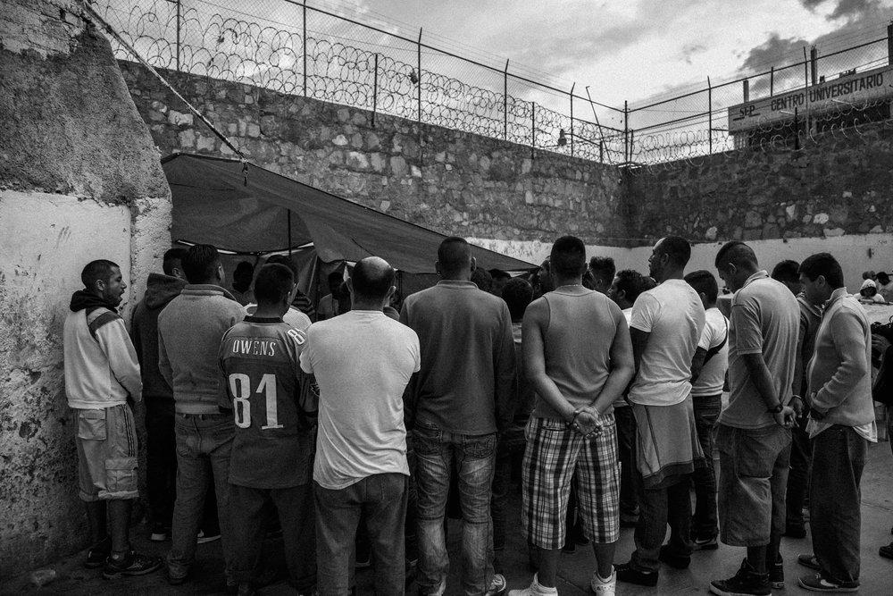 Prison-Santa_Muerte-4.jpg