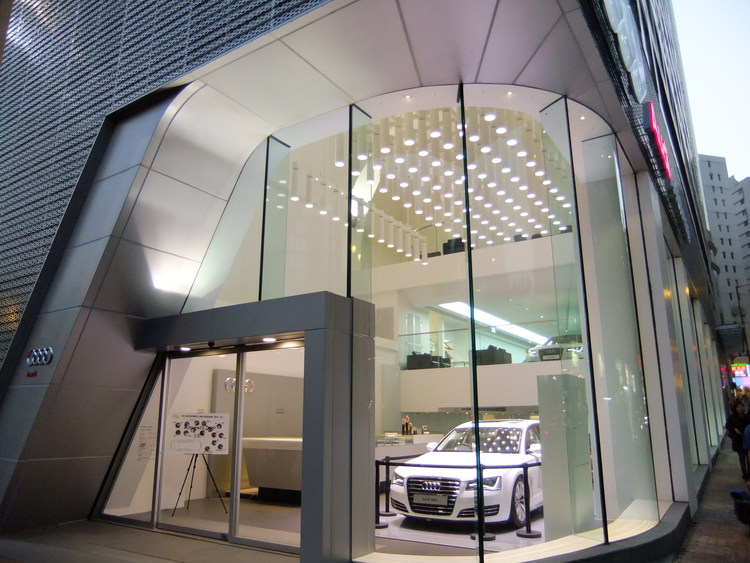 The+Audi+Showroom,+TST,+Hong+Kong.jpg