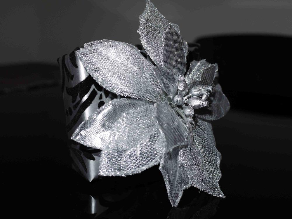 silver flower.jpg