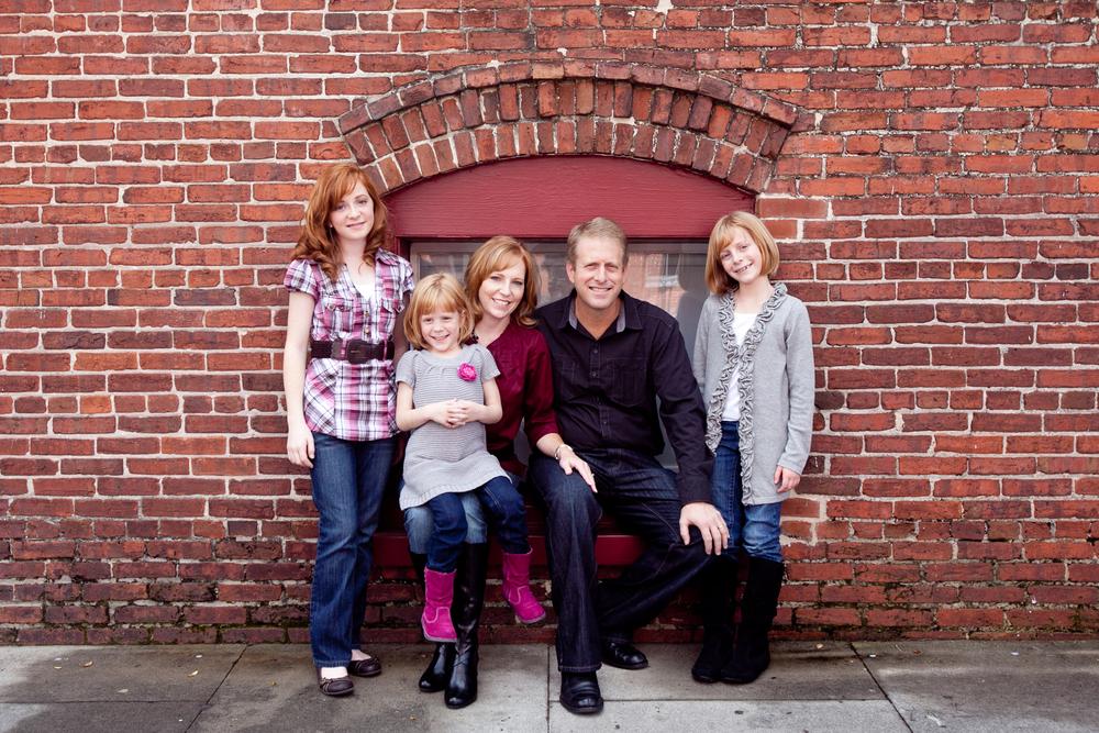 11_16_11 Fawkes Family04.jpg