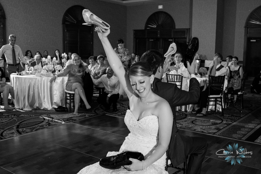 6_21_13 Tradewinds St. Pete Beach Wedding_0016.jpg