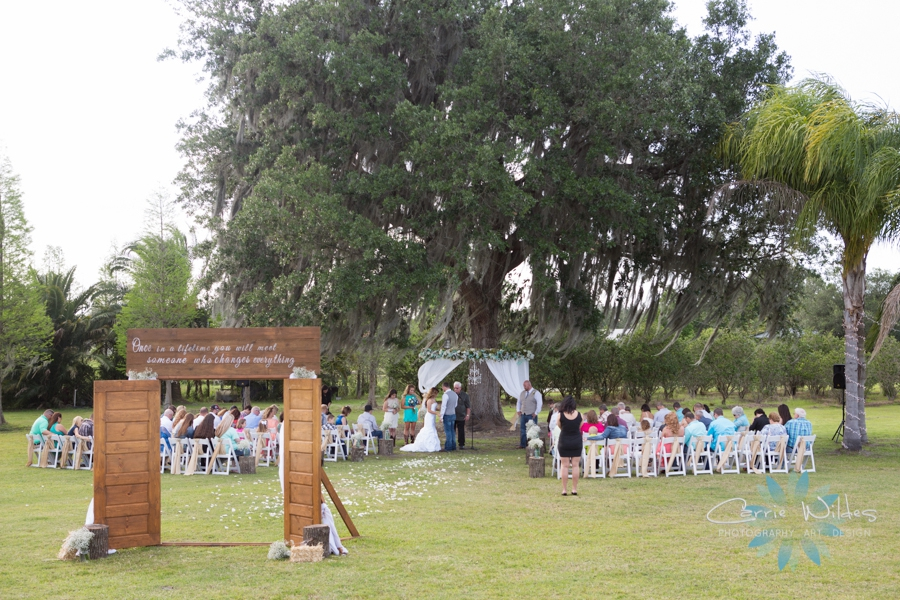 4_16_16 Plant City Rustic Chic Wedding_0008.jpg