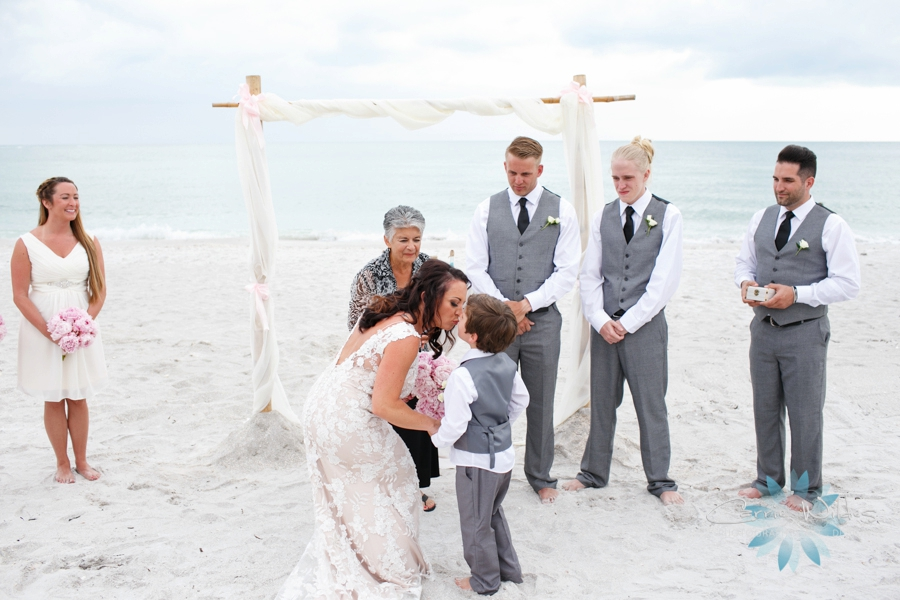 6_11_16 Lido Beach Resort Wedding_0012.jpg