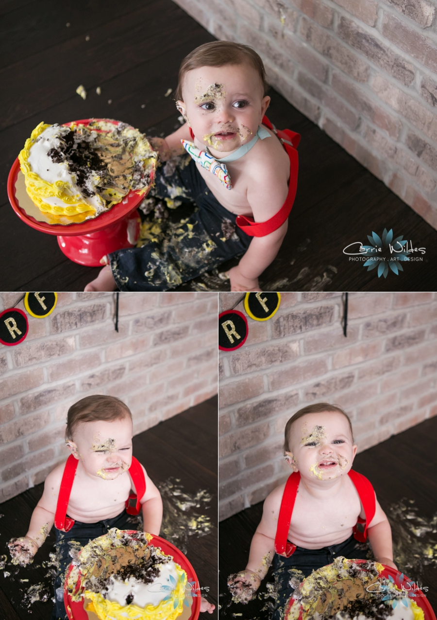 6_27_16 Tampa 1 year Old Cake Smash Portraits_0009.jpg