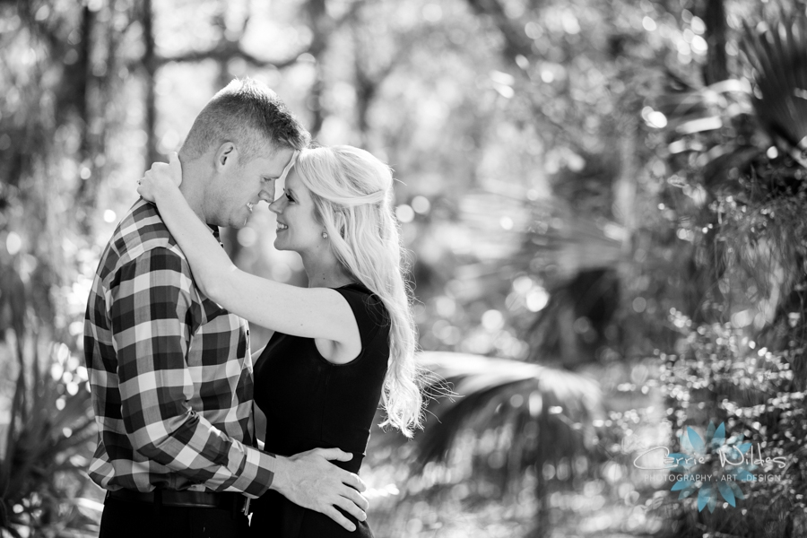 12_3_16 Kelly and Brandon Lettuce Lake Park Engagement Session_0002.jpg