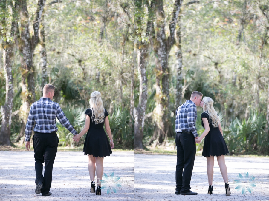 12_3_16 Kelly and Brandon Lettuce Lake Park Engagement Session_0007.jpg