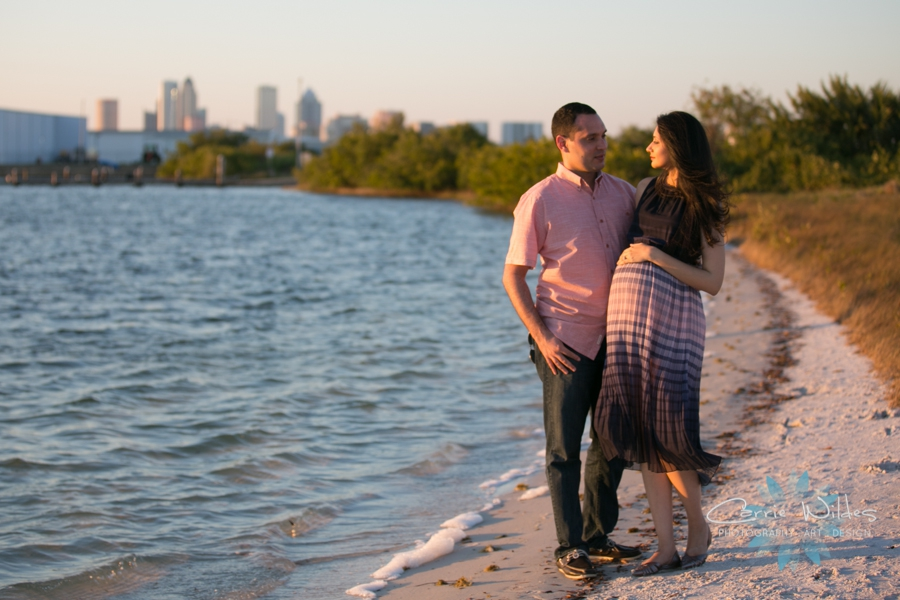 3_18_17 Anum and Eihab Tampa Lifestyle Maternity Session_0017.jpg