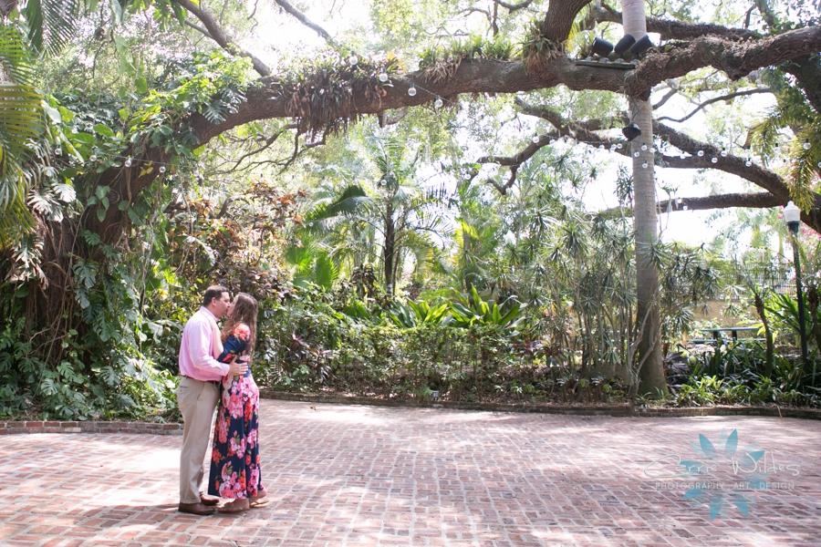 4_30_17 Sunken Gardens Engagement Session_0006.jpg