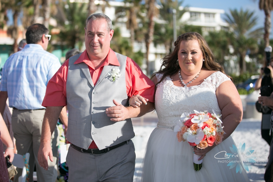 10_14_17 Kelly and Matt Hyatt Clearwater Beach Wedding_0020.jpg