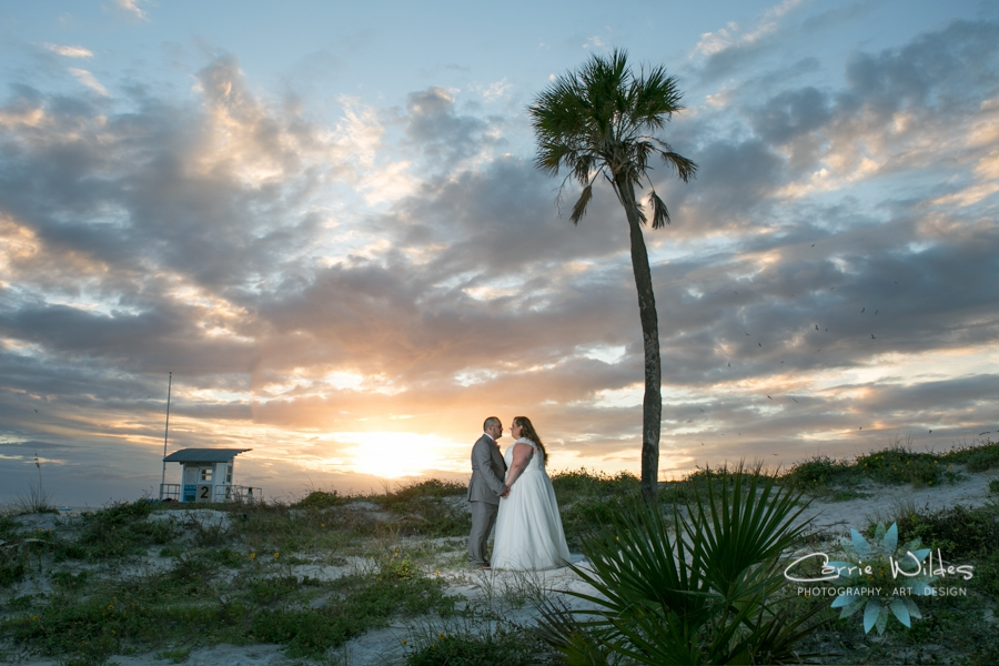 10_14_17 Kelly and Matt Hyatt Clearwater Beach Wedding_0033.jpg