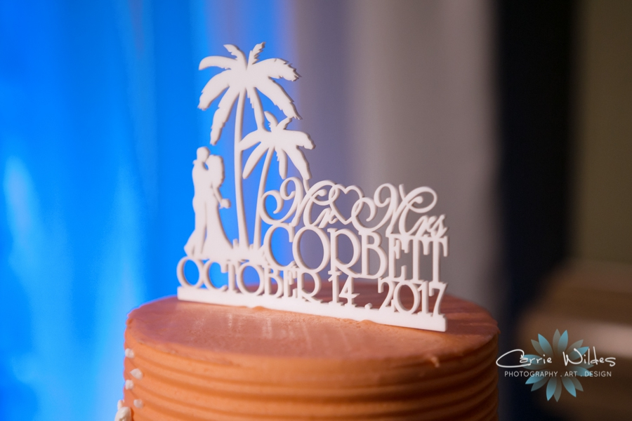 10_14_17 Kelly and Matt Hyatt Clearwater Beach Wedding_0043.jpg