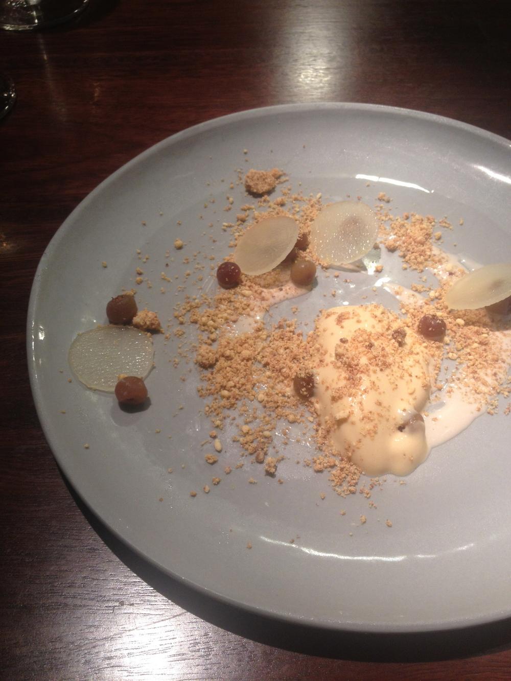 pear  honey cream, muntries