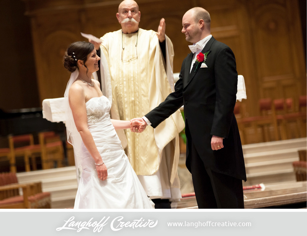LanghoffCreative-MilwaukeeWedding-EricJulie19-photo.jpg