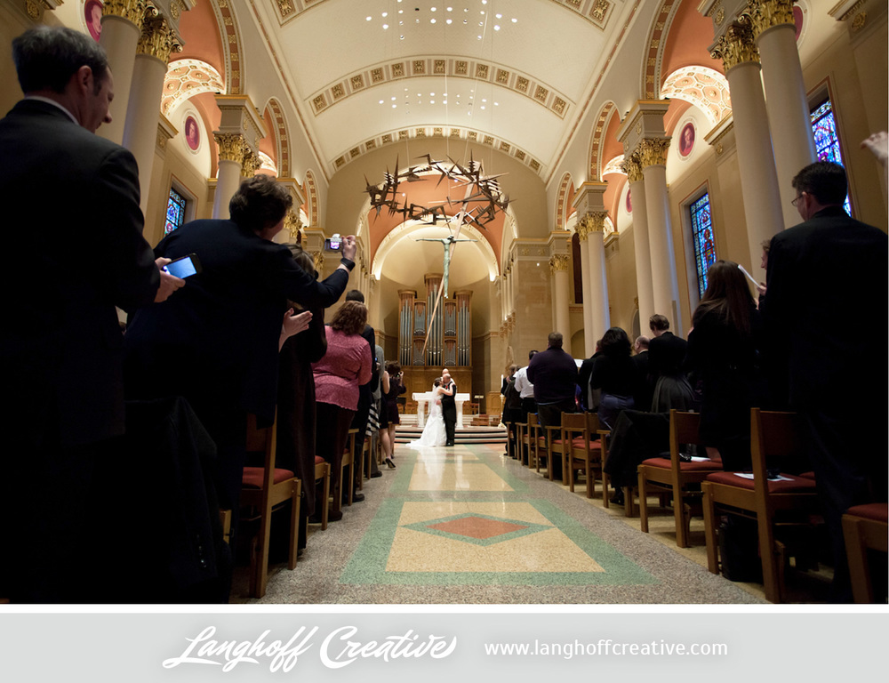 LanghoffCreative-MilwaukeeWedding-EricJulie20-photo.jpg