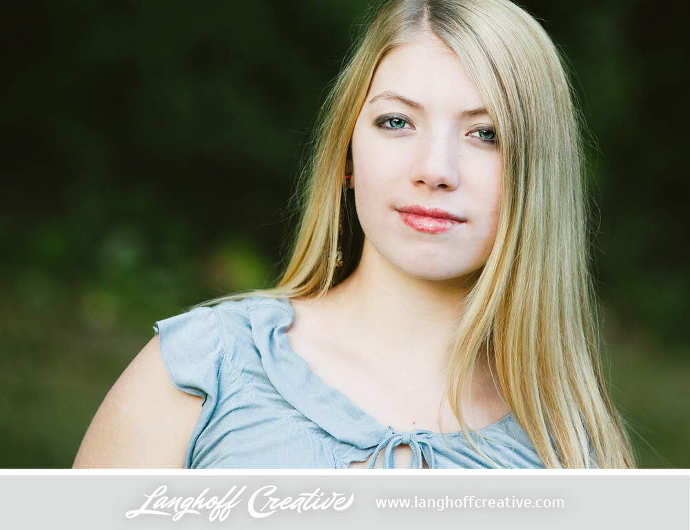 LanghoffCreative-2013RacineSeniorPortrait-Eva06-photo.jpg