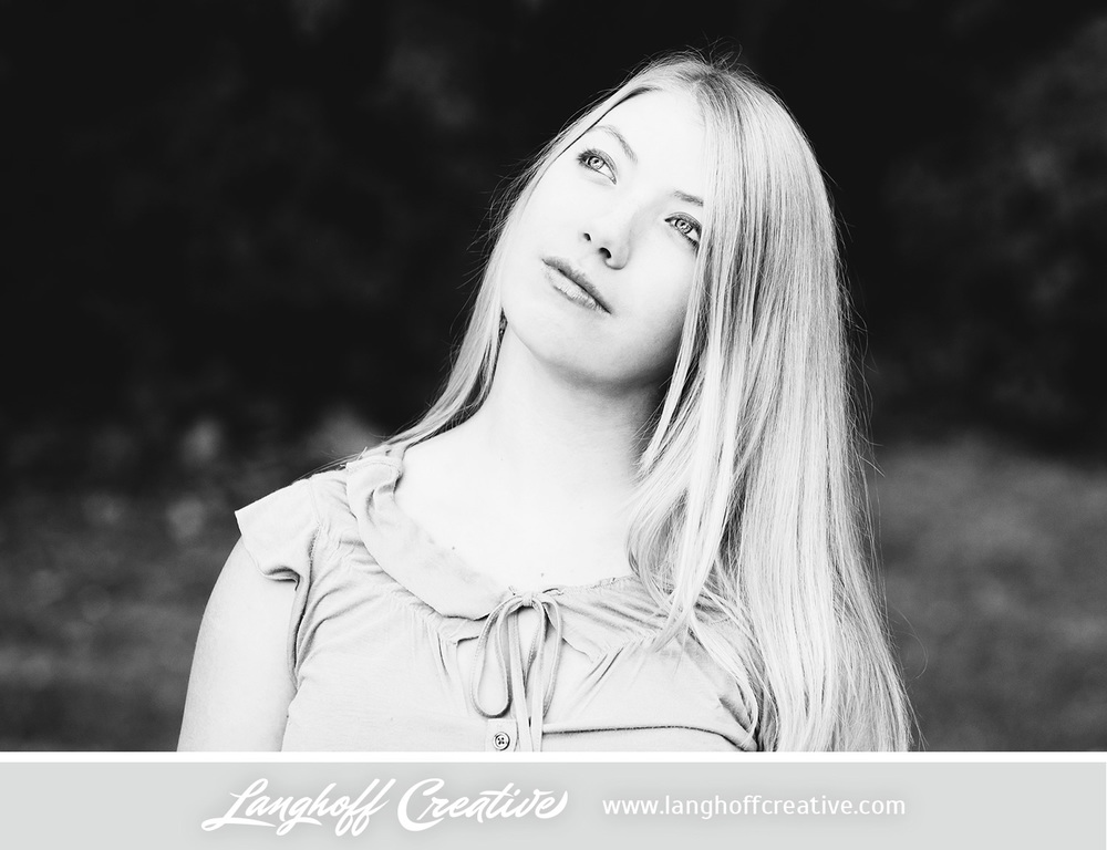 LanghoffCreative-2013RacineSeniorPortrait-Eva07-photo.jpg