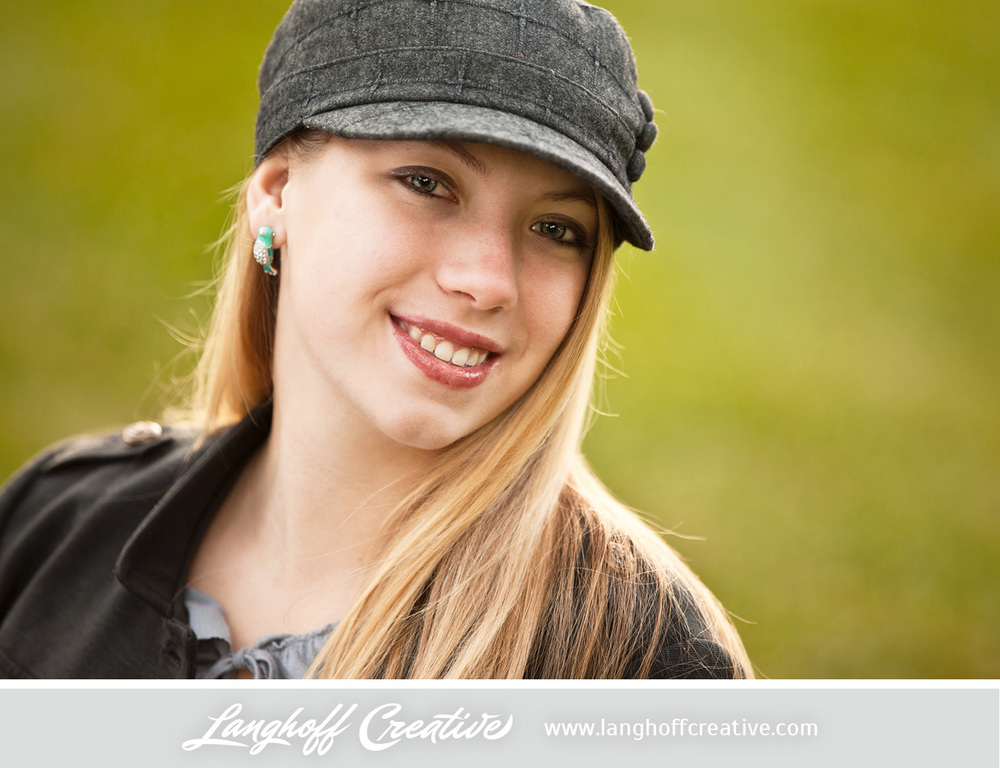LanghoffCreative-2013RacineSeniorPortrait-Eva09-photo.jpg