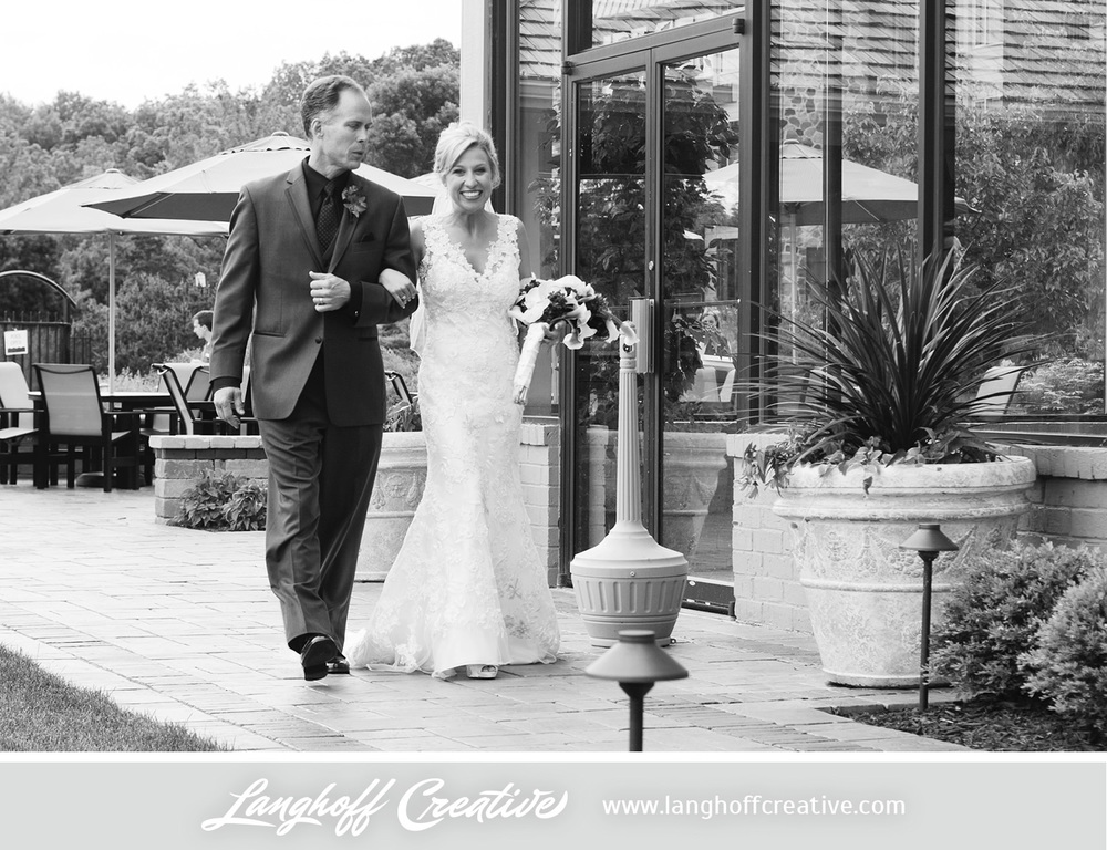 LanghoffCreative-LakeGenevaWedding-DrewSami-11-photo.jpg
