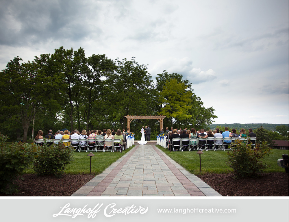 LanghoffCreative-LakeGenevaWedding-DrewSami-13-photo.jpg
