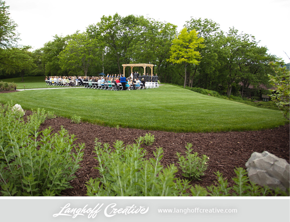 LanghoffCreative-LakeGenevaWedding-DrewSami-15-photo.jpg