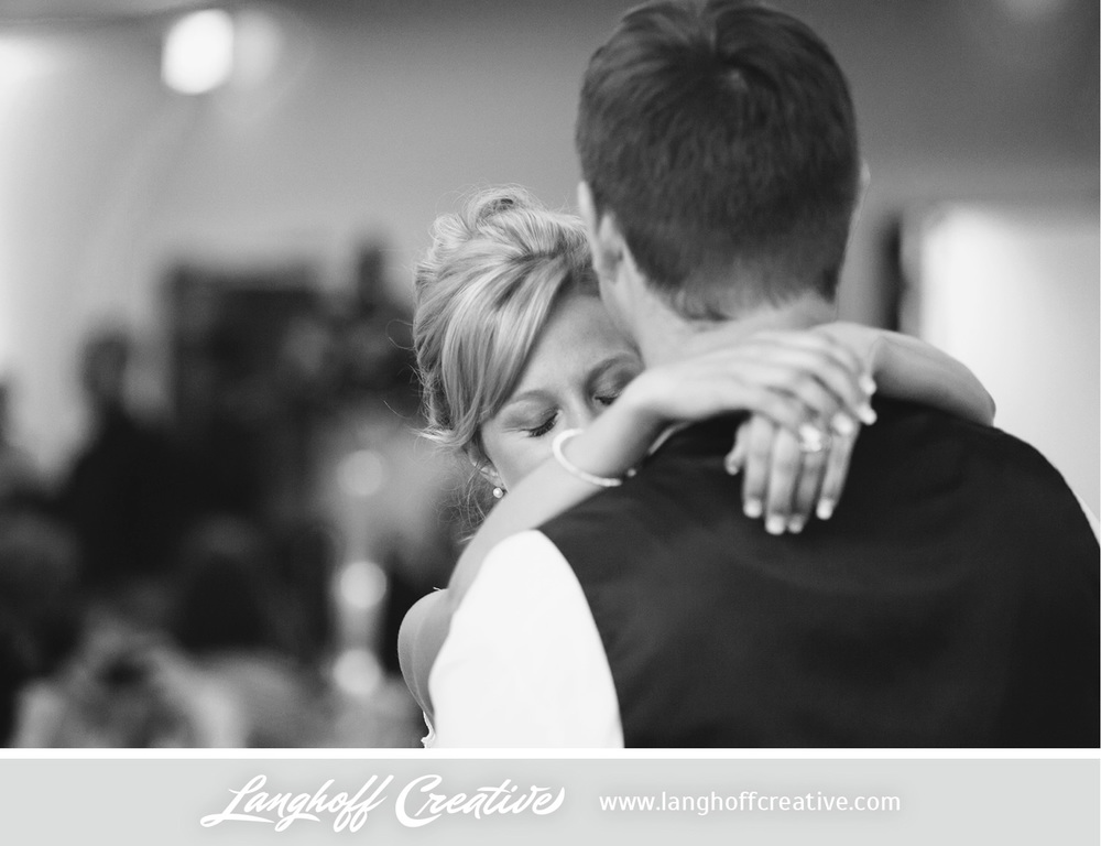 LanghoffCreative-LakeGenevaWedding-DrewSami-29-photo.jpg