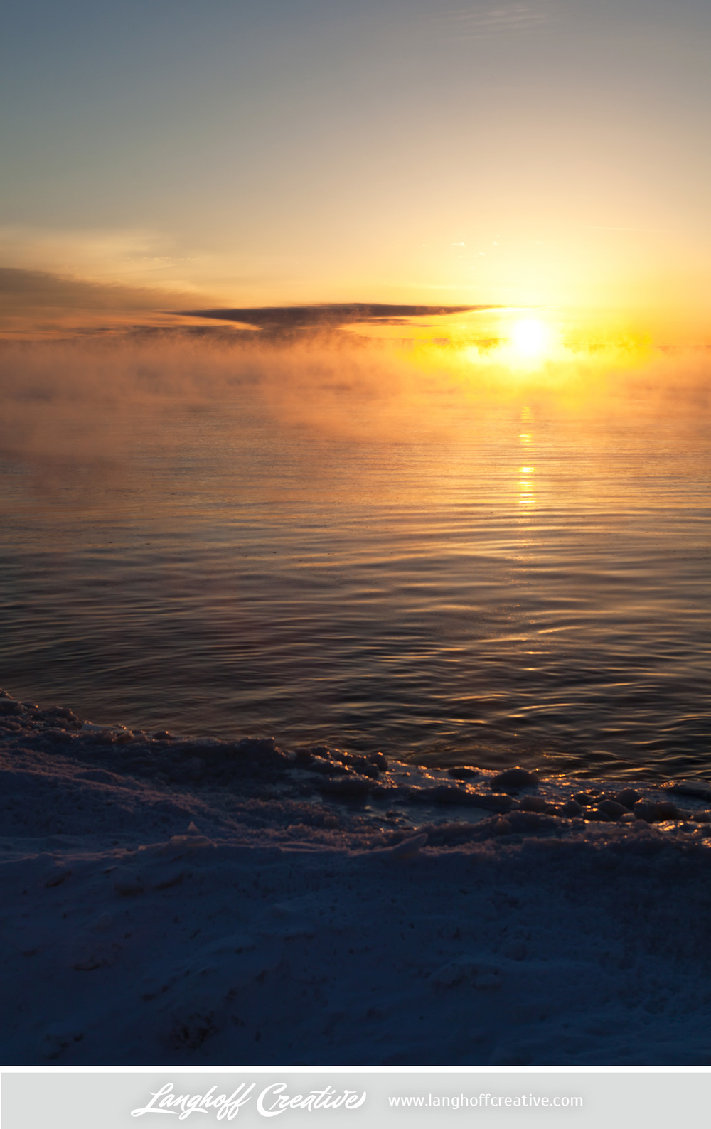 LanghoffCreative-LakeMichigan-winter-sunrise-Kenosha-Jan03-2014-photo-5.jpg