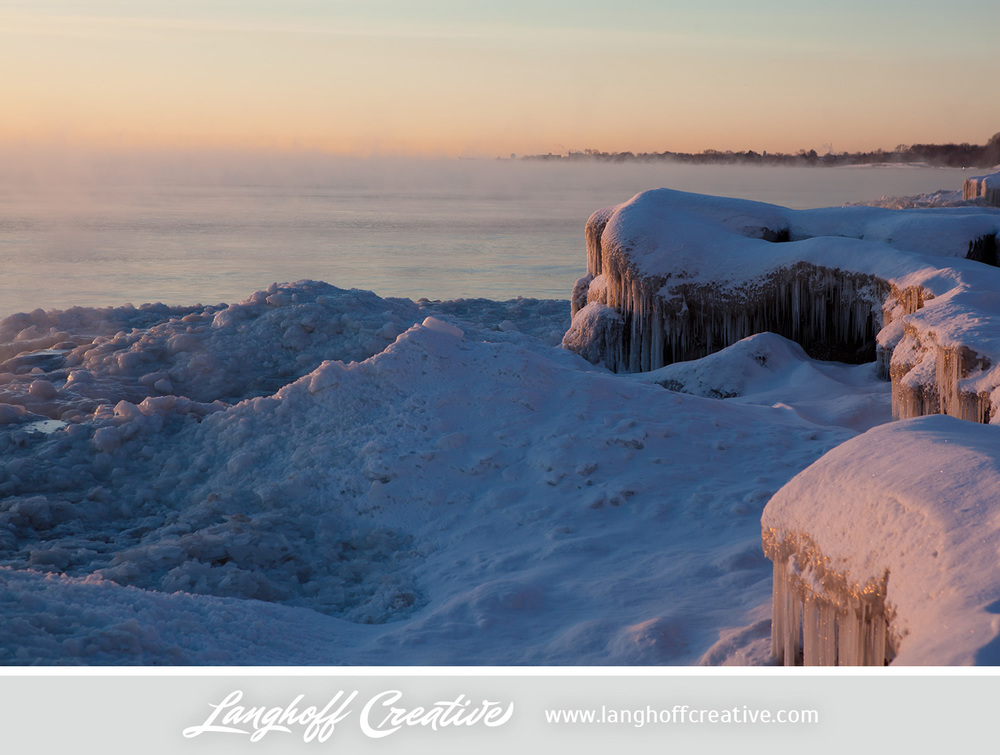 LanghoffCreative-LakeMichigan-winter-sunrise-Kenosha-Jan03-2014-photo-8.jpg