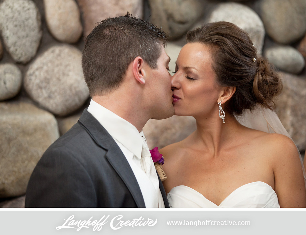 KenoshaWedding-CircaOnSeventh-weddingphotography-LanghoffCreative-Zimmerman2014-17-photo.jpg