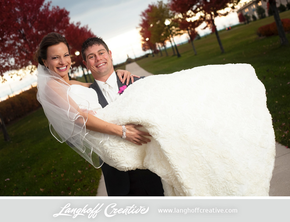 KenoshaWedding-CircaOnSeventh-weddingphotography-LanghoffCreative-Zimmerman2014-21-photo.jpg