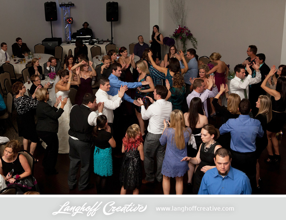 KenoshaWedding-CircaOnSeventh-weddingphotography-LanghoffCreative-Zimmerman2014-27-photo.jpg