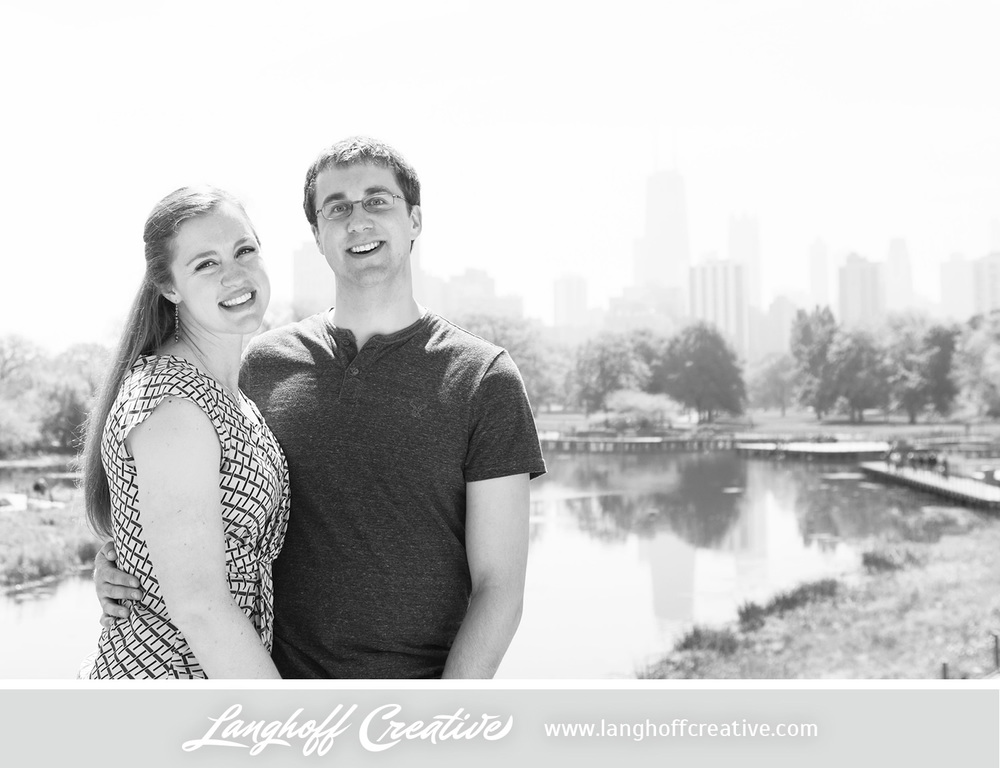 ChicagoEngagement-LincolnParkZoo-Engaged-LanghoffCreative-DestinationWeddingPhotographers-2014-ZacRachel-3-photo.jpg