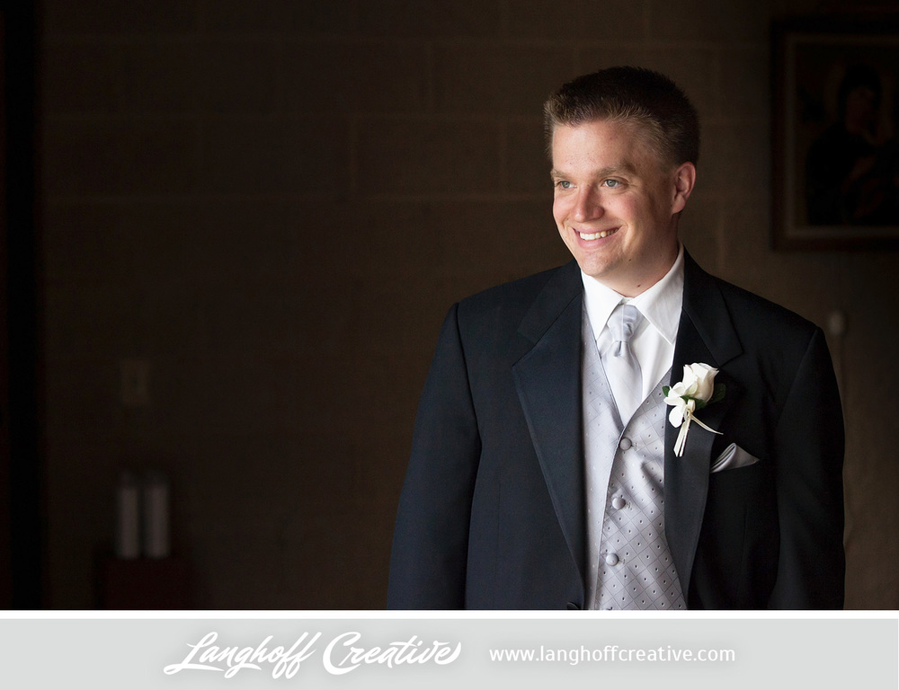 WisconsinWeddingPhotography-Pewaukee-Hartland-LanghoffCreative-8-photo.jpg