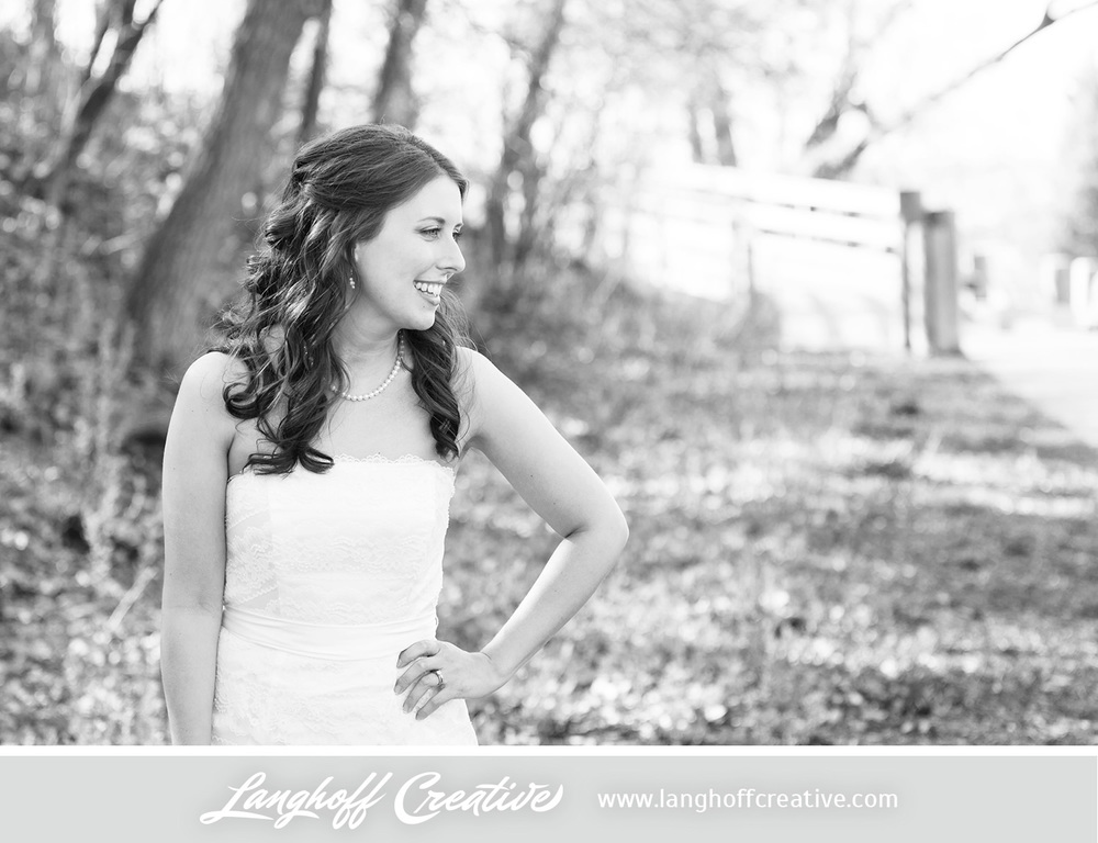 WisconsinWeddingPhotography-Pewaukee-Hartland-LanghoffCreative-23-photo.jpg