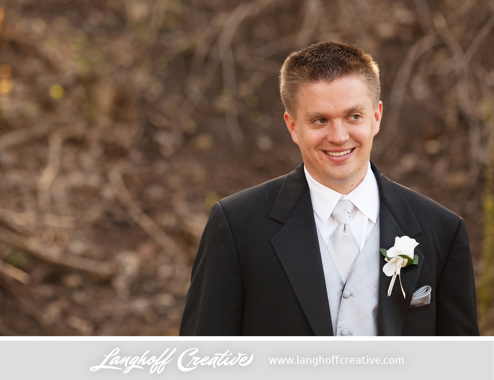 WisconsinWeddingPhotography-Pewaukee-Hartland-LanghoffCreative-24-photo.jpg
