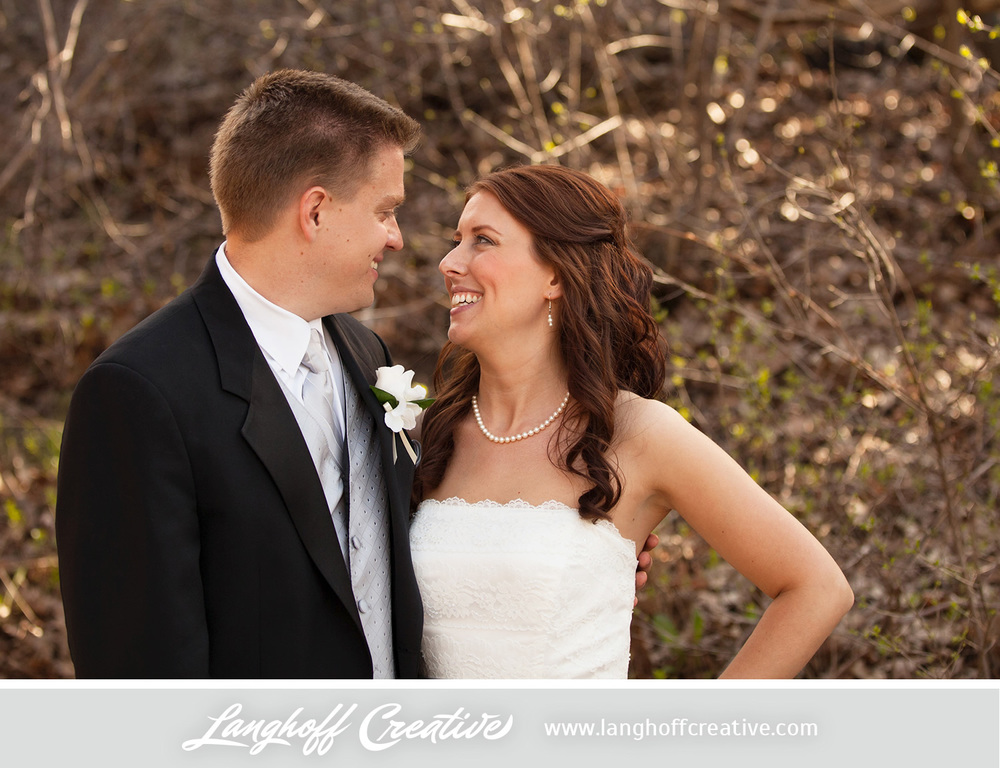 WisconsinWeddingPhotography-Pewaukee-Hartland-LanghoffCreative-28-photo.jpg