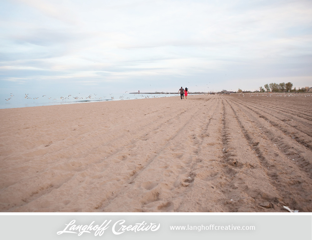 KenoshaEngagement-RacineNorthBeach-KenoshaWeddingPhotography-EngagementSession-LanghoffCreative-2014-RandyManda-15-photo.jpg