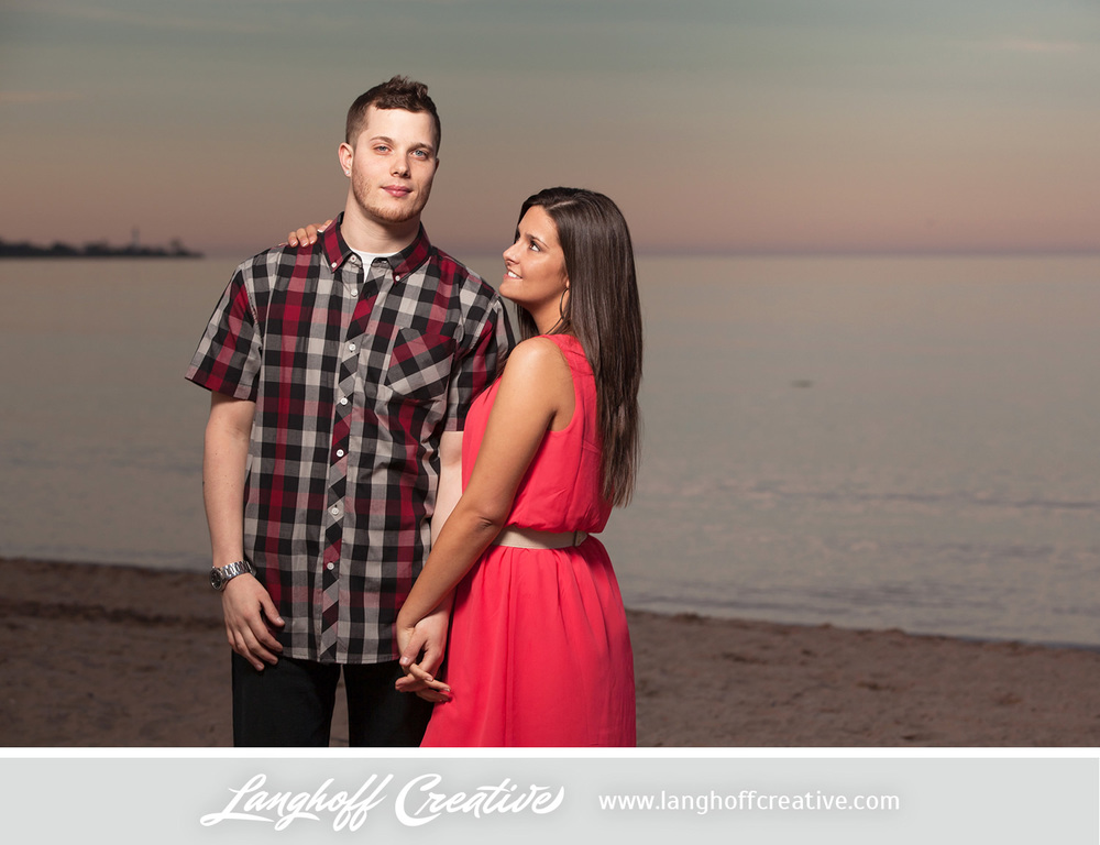KenoshaEngagement-RacineNorthBeach-KenoshaWeddingPhotography-EngagementSession-LanghoffCreative-2014-RandyManda-20-photo.jpg
