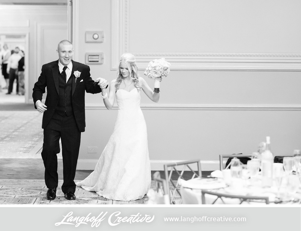 IllinoisWeddingPhotography-Elmhurst-LanghoffCreative-25-photo.jpg