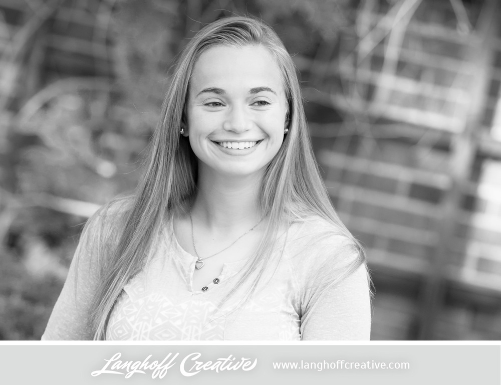 RacineSeniorPortraits-HighSchoolSeniorPhotography-LanghoffCreative-Jessica2014-classof2015-4-photo.jpg