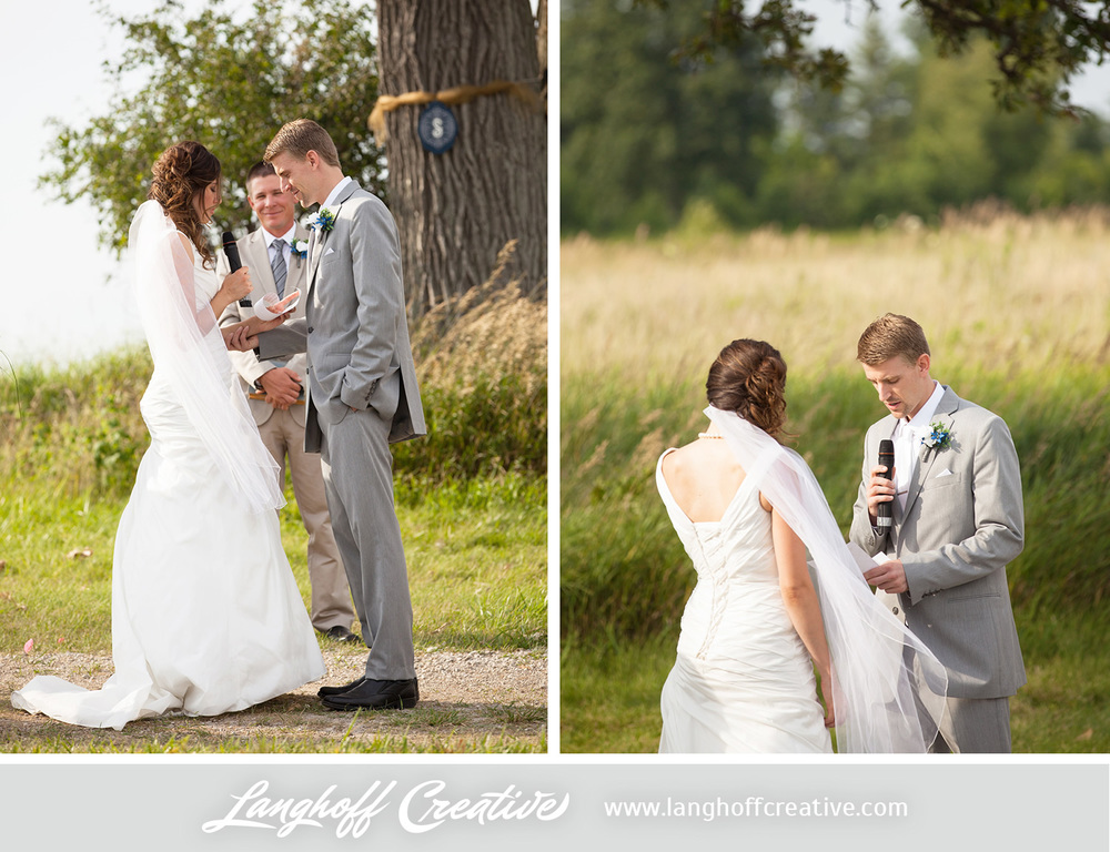 KenoshaWedding-WisconsinWedding-ThompsonStrawberryFarm-LanghoffCreative-18-photo.jpg