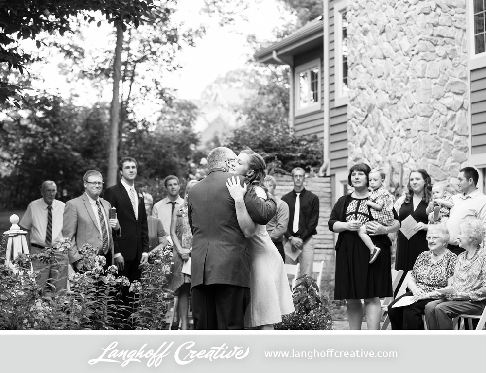 WisconsinWedding-WeddingPhotography-BackyardWedding-LanghoffCreative-11-photo.jpg